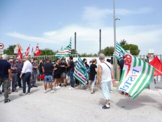 protesta-boos3-325x244