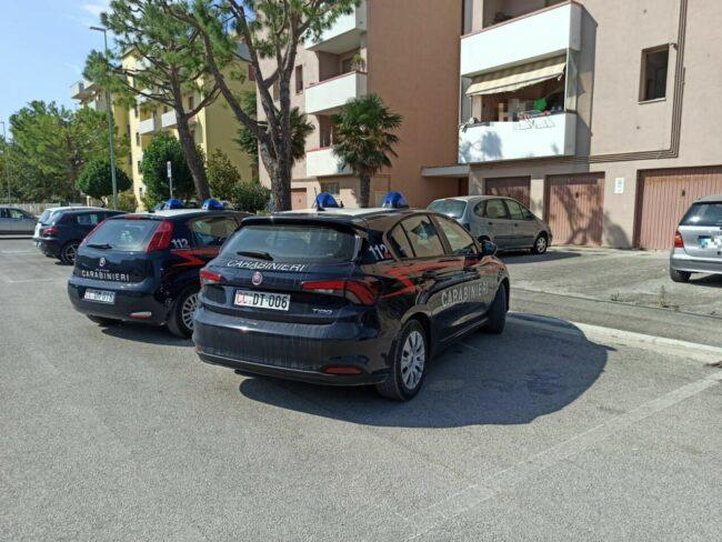 carabinieri-via-piemonte-potenza-picena-1-650x488