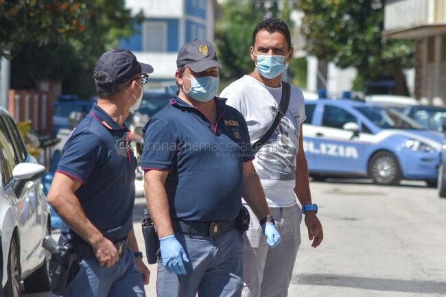 uomo-caduto-dal-terrazzo-polizia-via-calatafimi-civitanoova-2-650x433
