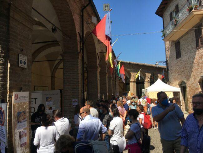 Festa-del-ciauscolo-e-del-salame-spalmabile-5-650x488