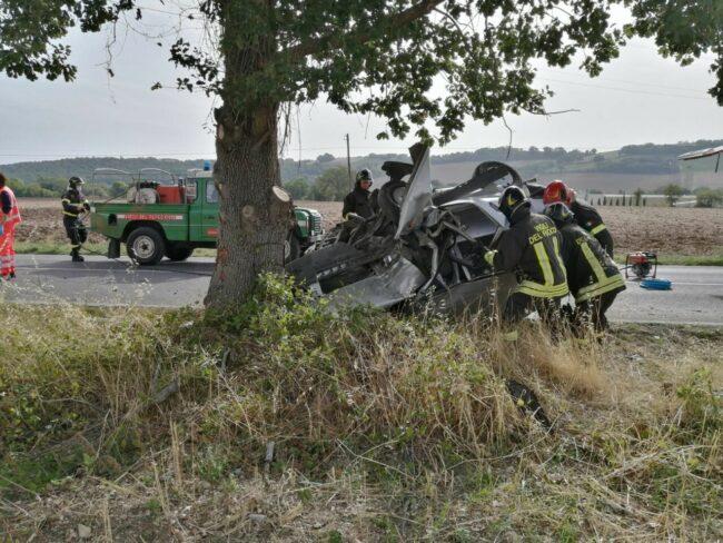 incidente-provinciale-78-urbisaglia-8-650x488