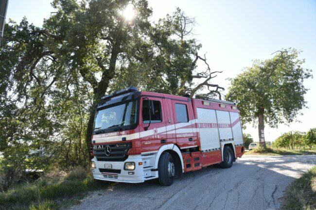 incidente-trattore-montecassiano-1-650x433