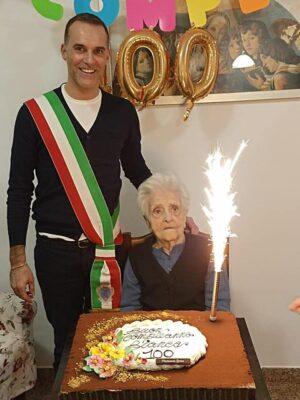 100-anni-bianca-scoponi1-1-300x400