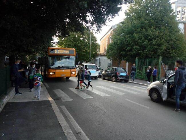 bus-bimbi-scuole-macerata
