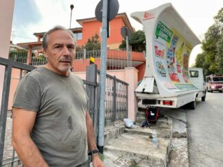 incidente-camion-vela-via-lombardia-3-325x244