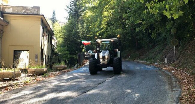 trattori-raduno-sarnano-4-650x347